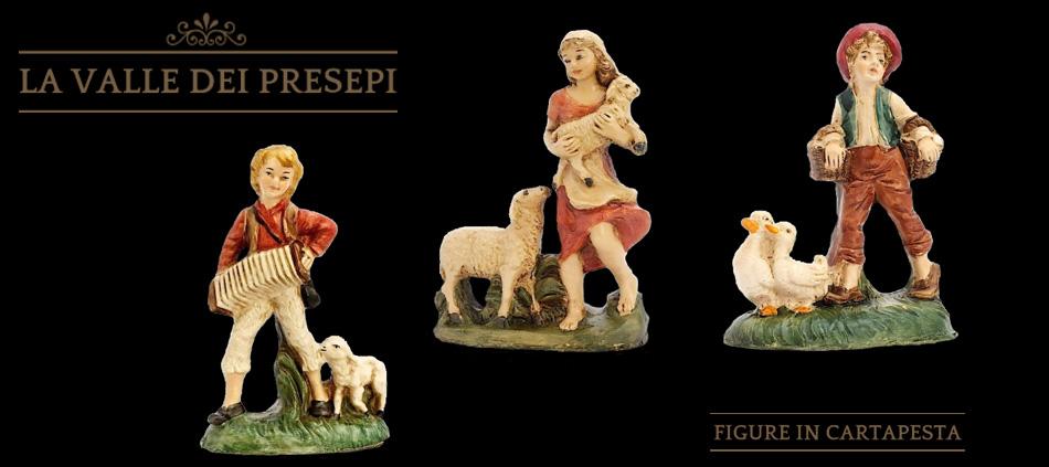 Figure in cartapesta - La Valle dei Presepi